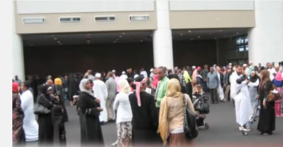 islamic-center-seattle-idriss-mosque-gathering