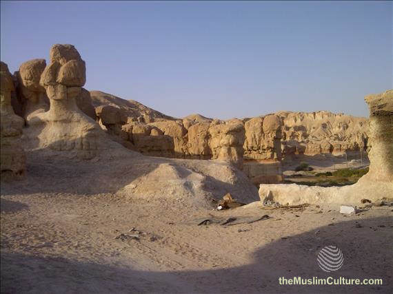 saudi-arabia-hofuf-al-gara-mountains-04