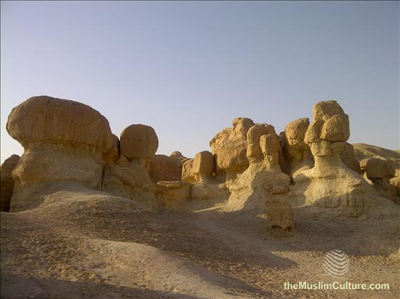 saudi-arabia-hofuf-al-gara-mountains-05