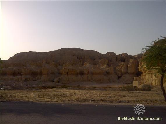 saudi-arabia-hofuf-al-gara-mountains-09