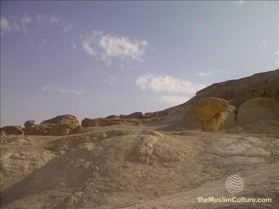 saudi-arabia-hofuf-al-gara-mountains-12