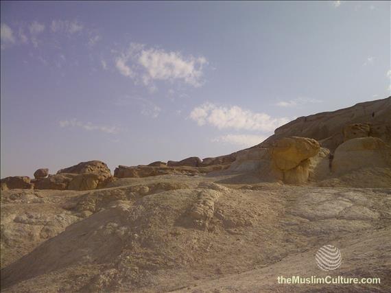 saudi-arabia-hofuf-al-gara-mountains-12