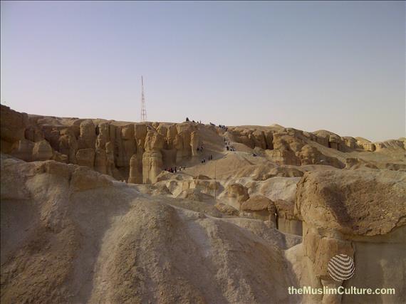saudi-arabia-hofuf-al-gara-mountains-13