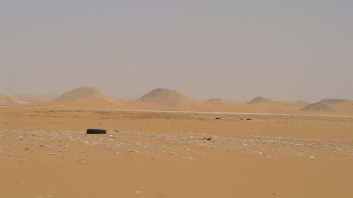 saudi uae road trip sand dunes