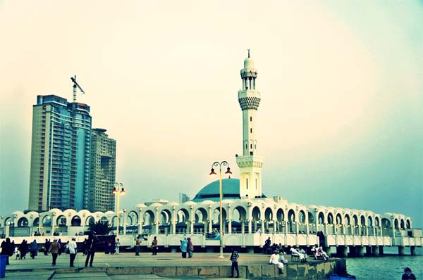 pb-jeddah-al-rahmah-mosque-saudi-arabia-1053345_960_720