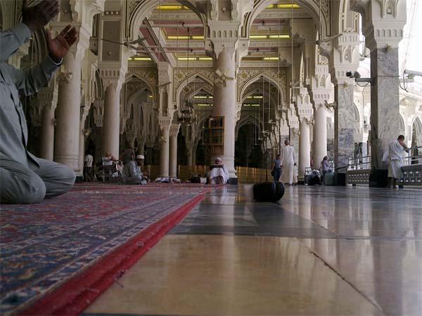pb-arch-186623_960_720-makkah-haram-saudi-arabia