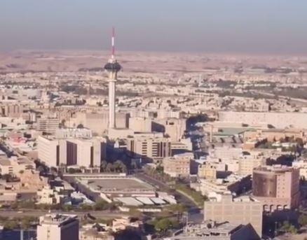 yt-riyadh-saudi-arabia-skyline-in-desert-tv-tower