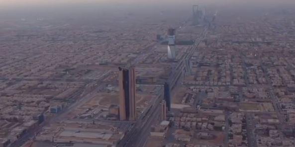 yt-riyadh-saudi-arabia-skyline-in-desert